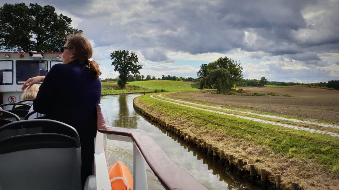 Statkiem po trawie – Kanał Ostródzko-Elbląski